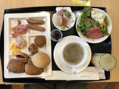 ホテルJALシティ青森の朝食はビュッフェ形式でした. みさぱぱの朝食です.