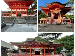 朱塗りの立派な神社がこんな場所にとびっくりです。誰もいません・・