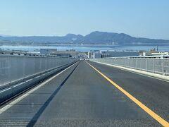 ベタ踏み坂の天辺から松江方面に下るところ