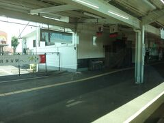 会津若松から16分、喜多方へ。 乗降は少ない。結果論だけど喜多方から乗っても座れた。