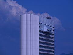 久留米市役所展望スペース気になります、とにかく高い所が好きです。ただし安全な場所に限ります。行って見ましょう。