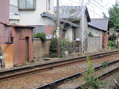 本笠寺駅の踏切近く。 六の日じゃない時に再訪して、この辺りもゆっくり歩きたいと思います。  <南区さんぽ>は、ここまでです。