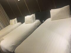 デイズホテル トリプルのお部屋で 1人あたり2,000円以下とは 思えないクオリティ