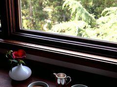 おはようございます~♪ 静けさの中、目覚まし時計に起こされず、爽やかな自然光を感じて目覚める。 何て健康的で素敵なんだろう。 お部屋でイノダコーヒーのアラビカの真珠を淹れて・・・。 鳥のさえずりを聴きながら、のーんびりとスローに始まる朝。