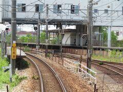 2021.07.25 福山ゆき普通列車車内 貨物駅の出口付近が北長瀬。