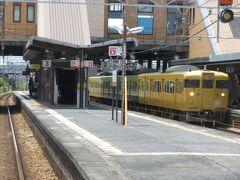 2021.07.25 福山ゆき普通列車車内 この区間は列車密度が高く、黄色の電車が主力として活躍している。