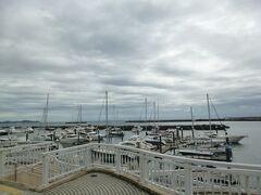 熱海親水公園にきました。ヨットハーバーという雰囲気です。
