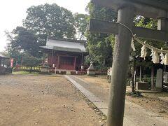 川越城本丸御殿近くには三芳野神社⛩  ここは「とおりゃんせ」の唄発祥の地なんだそうです。  当時は城郭内に神社があって、一般の人はなかなか入るのが大変だったらしいです。  なんだー、あの唄は、てっきり怖い唄かと思ってました😅