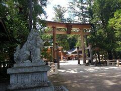 徒歩5分で穂高神社到着。