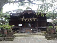 白山神社(拝殿)948年に創建された神社で、6月中旬のあじさい祭りが見事です。