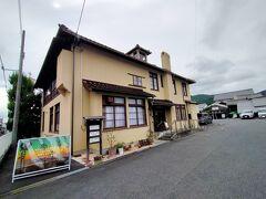 こちらのアンドリュー記念館は1907年に、ヴォーリズが日本で最初に設計した建物で、ヴォーリズの大学時代の友人だったアンドリュースの寄付によって建てられたもの。