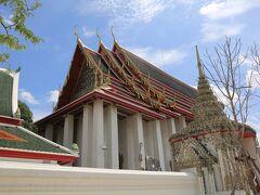 涅槃仏寺の涅槃仏のお堂