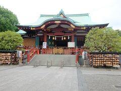 亀戸天神社拝殿, 祭神は菅原道真公.