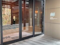 昨年5月に開業した、新しいホテルでとても綺麗でスタイリッシュ、設備も最新で快適に過ごせました(*^^*)