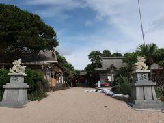 見事に人がいないっ♪ 大昔に祭儀を行った神聖な場所と言われる『青島神社』 そして様々な神話のある島でもあり