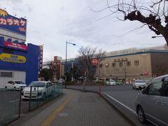 新越谷駅。東武伊勢崎線、スカイツリーラインですかね。