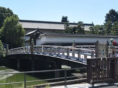 『一ツ橋』を渡ると見えてくる『平川門』