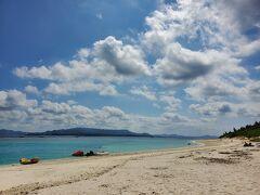 1本目を潜ってから、トイレ休憩の為に水納島に上陸しました。