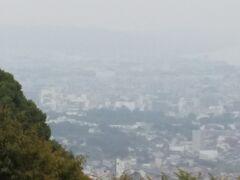 石垣山一夜城からの小田原城方面 かすかに小田原城が見える