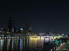 蔵前橋もライトアップ。