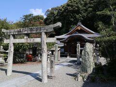 道後温泉での散策後は、五十番目の札所、繁多寺にて。