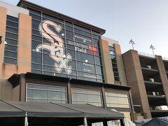 シカゴ・ホワイトソックスの本拠地 ギャランティード・レイト・フィールド  実はここに来るのは2回目、7月にも1回MLBを観戦しに来ていた。
