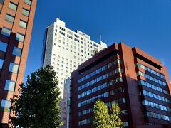 ANAクラウンプラザホテル札幌 札幌駅から徒歩8分ほどでした。 天気も良く気温も21℃ほどで快適でした。