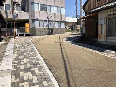 亀山宿散策   城下町の特徴で道が曲がっている