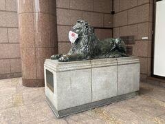 三越のライオンもマスクしているのを見て・・・