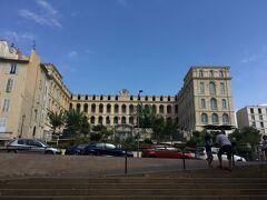 今はインターコンチネンタルホテルとして使われている18世紀に建造された病院。