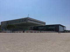 海沿いには博物館も。時間が無いので中には入りませんでした