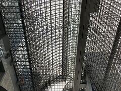 そのまま歩いて京都駅にきました。