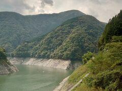 こんな山深いところにダムがあるのですね。
