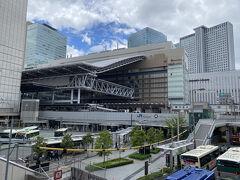 JR大阪駅付近も随分と変わったものです。