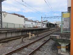 秩父鉄道御花畑駅 最近は少し離れた芝桜の丘が有名になったことから、別名芝桜駅