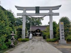 讃岐平野の真ん中にある田村神社は、「倭迹迹日百襲姫命(やまとととひももそひめ)」や「五十狭芹彦命(イセサリヒコ)」と共に、五柱の神様が祀られています。