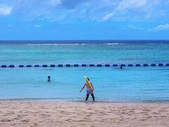 ホテル裏のビーチ CMに出てきそうです
