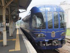 ●丹後の海@丹鉄 豊岡駅  ホームに入ると、停車していた「丹後の海」 JR京都駅で見たことがあります。 やっほ~い。ラッキー。 主に特急車両で使われますが、今回、たかが快速でこの車両に乗ることが出来ました。
