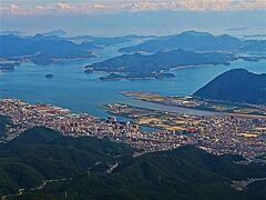 JAL261便  広島空港へ   55/   27  尾道水道