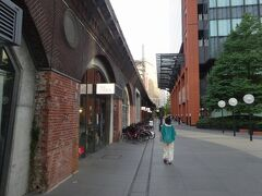 大好きな、マーチエキュート神田万世橋へ。戦前に廃止された幻の駅・万世橋の遺構を活用した、JR東日本のマチナカビジネスです。