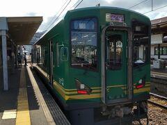 ●快速 大江山2号@丹鉄 宮津駅  宮津駅から福知山駅へは、快速を利用しました。 なんと、車両が新しそうです! ちょっと驚き(笑)。