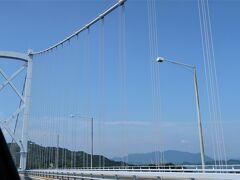 因島大橋渡りまーす。  ここから目的地までは橋の写真しかないです。