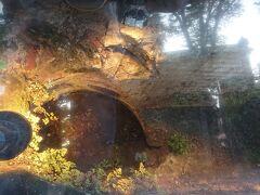 煉瓦造下水道管 (明治時代の下水管)。