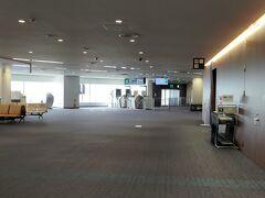 JALなのでターミナル1側です