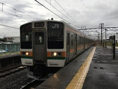 渋川で更に上越線に乗り換え。 211系3000番台3+3の6連です。