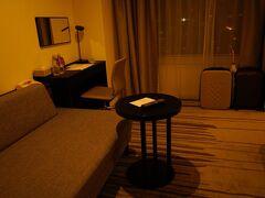 IHGのポイントで宿泊。 アップグレードしていただいて広い部屋 快適