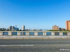 06:56 萬代橋 新潟県新潟市中央区万代 有名な新潟市内の橋のようですが、車では停める場所も見当たらず通過しただけに終わりました。