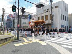 やっと岸和田です。 だんじり渋滞を越えて和泉を抜けます。