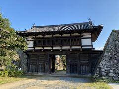 大手門。 国の指定重要文化財に指定されています。
