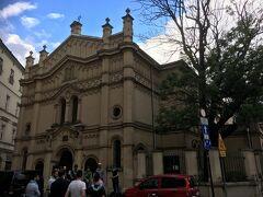 カジミエシュ地区 Kazimierz  Tempel Synagogue, Kraków Synagoga Tempel テンペル・シナゴーク  今日はこれ以上、何もする気になれなかったので、街を散策します。